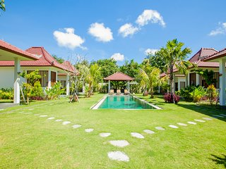 #B6 Paradise Double-bed Superior Bungalow near Balangan beach with breakfast