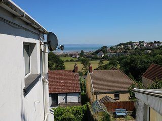 44 HEATHCLIFF COTTAGE views towards the bay, Newton