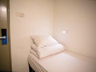 Single Basic Cabin Room | Golden Triangle Kuala Lumpur