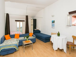 Nature Therapy Rooms - Comfort Triple Room with Balcony and Sea View