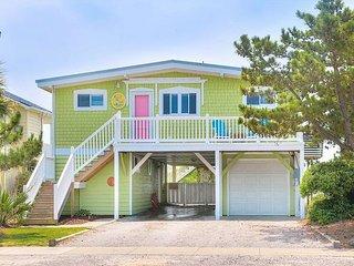 Updated 5BR + Bonus Room on the Beach - Private Boardwalk & Fenced  Yard