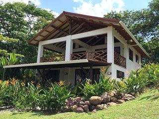 Royal Palm Villas- Private Tropical Garden Estate