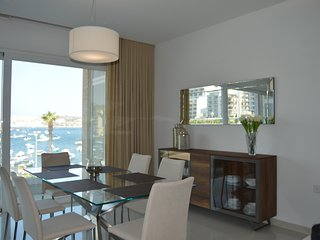 Luxurious Seafront Apartment Brand New
