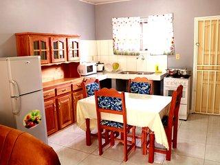ABIDAGER 60 m2, Wifi, Smart 32 inch flatscrn TV , 2 Bedrm, kitchen, Airco,
