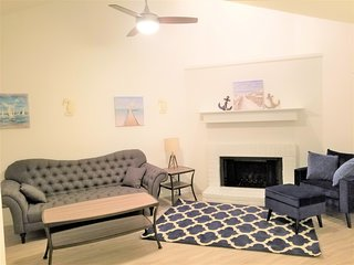 New apartment fully renovated clean and modern , swimming pool washer and dryer