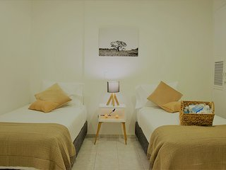 Spacious room in beautiful place of Cartagena