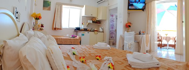 family apartment for 3 persons 31 m2 private balcony and beautiful views