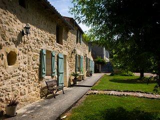 Gite La maison de la pimpine holiday home Lignan-de-Bordeaux
