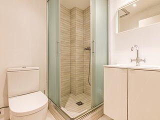 Madrid Holiday Apartment 11924