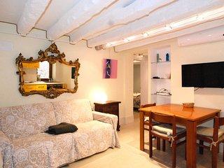 2 bedroom Apartment in Venice, Veneto, Italy : ref 5646783