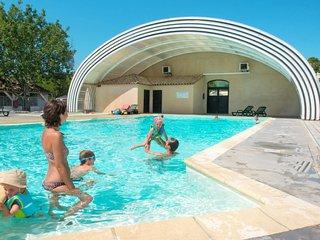 2 bedroom Apartment in Chandolas, Auvergne-Rhone-Alpes, France : ref 5646463