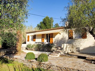 3 bedroom Villa in Valauris, Provence-Alpes-Cote d'Azur, France : ref 5646477