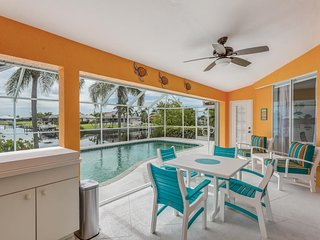 NEW LISTING! Canal front home w/ private pool, free WiFi, and great location!