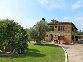 2 bedroom Apartment in Molino Mazzetti, Tuscany, Italy - 5646698