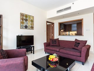 Beautiful Apartment in Burj Khalifa Neighborhood