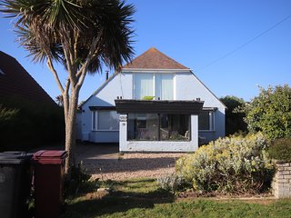 Dolphin Cottage - East Wittering