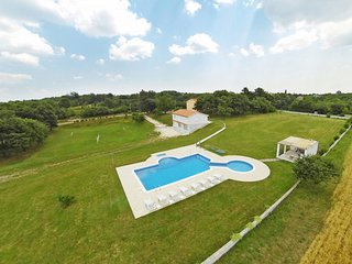 3 bedroom Apartment in Modrušani, Istria, Croatia : ref 5641143