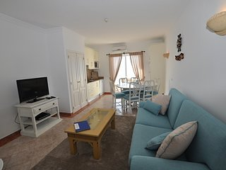 T2 Apartment on the Top of Oura Beach - Albufeira