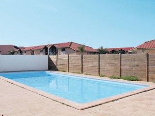 3 bedroom Apartment in Biscarrosse-Plage, Nouvelle-Aquitaine, France : ref 56465