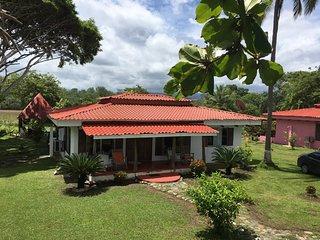 Tres Amigos Beach Villas