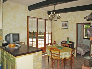 1 bedroom Apartment in Moissac-Bellevue, Provence-Alpes-Cote d'Azur, France : re