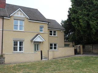Cotswold Holiday Home In Wotton Under Edge