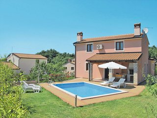 3 bedroom Apartment in Mofardini, Istria, Croatia : ref 5646552