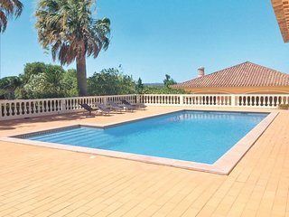 2 bedroom Villa in Sargacal, Faro, Portugal : ref 5646886