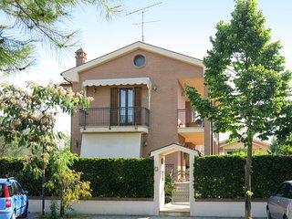 4 bedroom Villa in Santa Maria a Valle, Abruzzo, Italy : ref 5646660