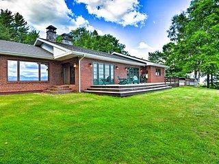 Luxury Dalton Home w/ Presidential Mountain Views!