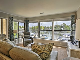 NEW! Waterfront Niceville Condo - Walk to Marina!