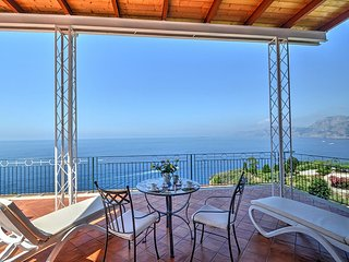 Praiano Holiday Home with Air Con and WiFi - 5228314