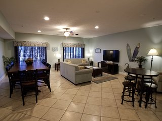 Spacious 6BR/5Bath Condo - South Ocean Blvd - in the heart of Myrtle Beach