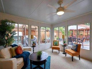 BST: Beautifully Decorated Sunnyvale Home Near 1O1 Fwy