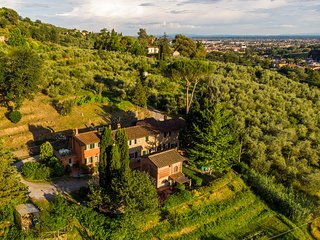 Casa Diletta-Lovely accommodation between Florence/Lucca. Special Spring Offer!
