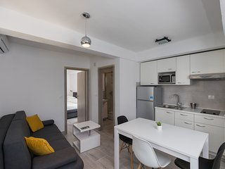 Apartments Batala Garden - One Bedroom Apartment with Patio and Garden View