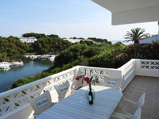 Chalet con apartamento y piscina privada, WiFi gratis