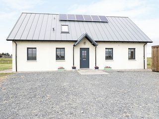 CHANCE INN LODGE wow factor, woodburning stove, fabulous views, in Balmedie