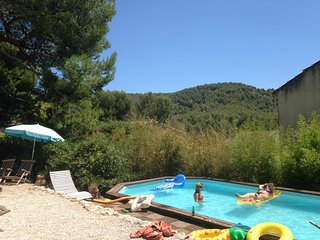 Piscine, campagne, calanques, mer, what'else ?