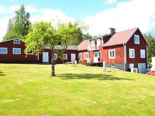 Ett hus med tre sovrum (upp till 6 personer) , nara Hudiksvall
