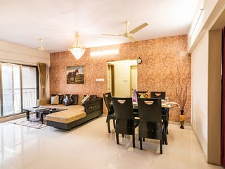 Rustic 3 Bedroom Suite Near BKC