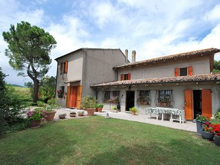 4 bedroom Villa in Valle di Ginestreto, The Marches, Italy : ref 5516283