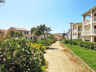 2 bedroom Apartment in Bretignolles-sur-Mer, Pays de la Loire, France : ref 5654