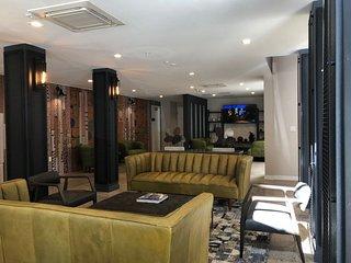 #107 Luxurious HomeTel in San Diego
