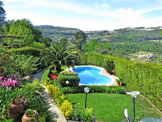 3 bedroom Villa in Meijoadas, Viseu, Portugal : ref 5647092