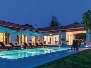 4 bedroom Villa in Potege, Sibensko-Kninska Zupanija, Croatia : ref 5574775