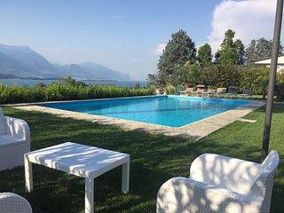 Villa Mira con piscina