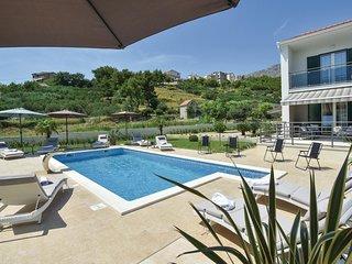 4 bedroom Villa in Duće, Splitsko-Dalmatinska Županija, Croatia : ref 5547726