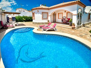 3 bedroom Villa in Denia, Valencia, Spain : ref 5335209