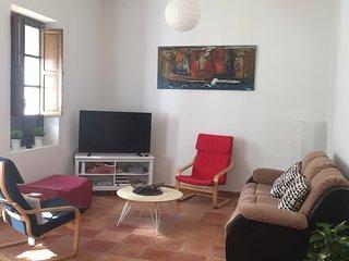 Helle Ferienwohnung auf 125 QM im Zentrum von Alicante